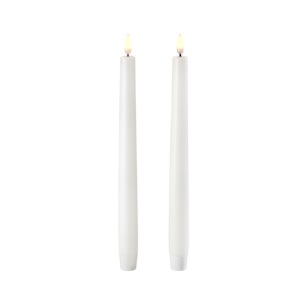 1646 Uyuni Nordic white tapered dinner candle set of two