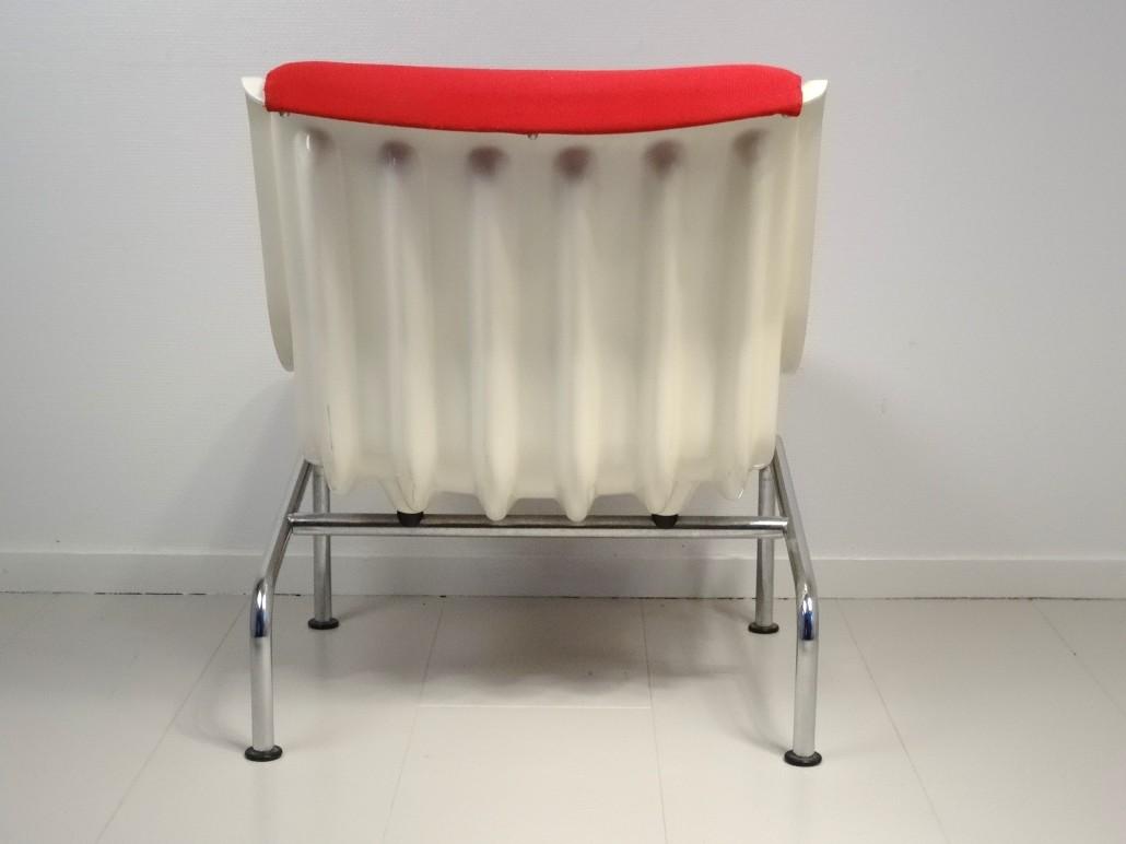 2 chairs by Yrjö Kukkapuro