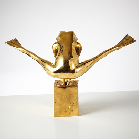 Look at my legs - Guilded bronze sculpture