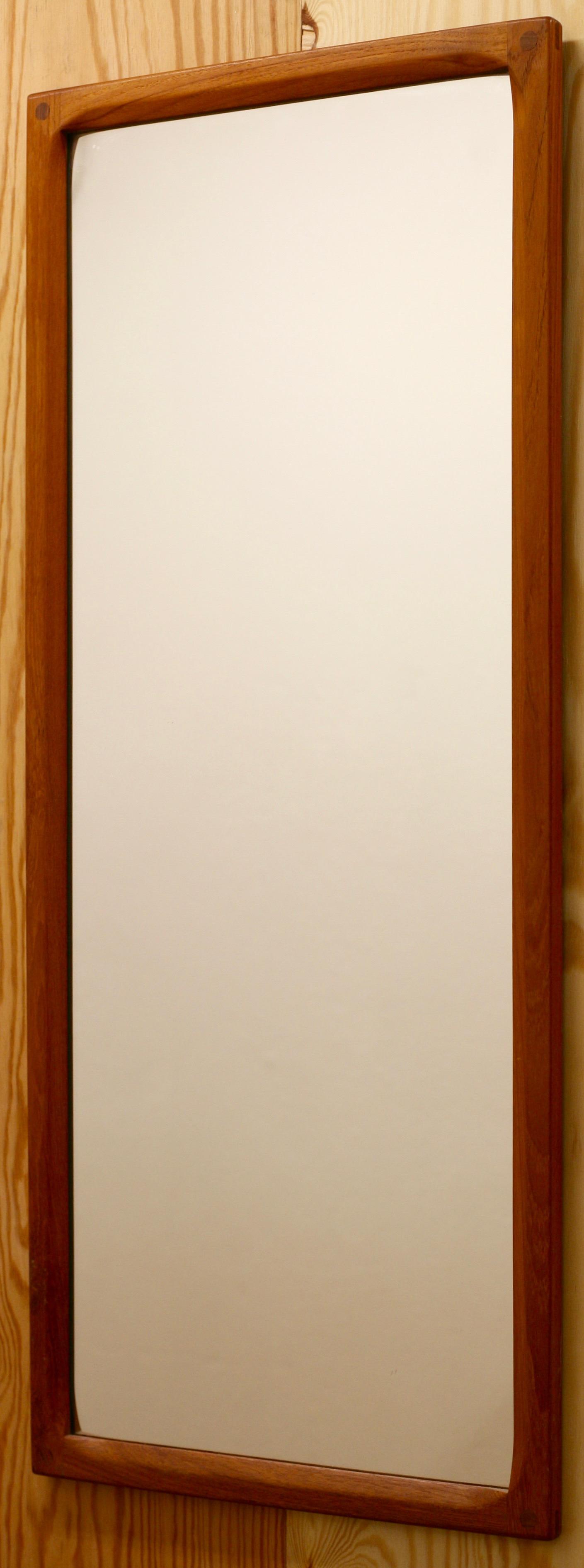 Aksel Kjersgaard - Mirror, model nr 165, teak