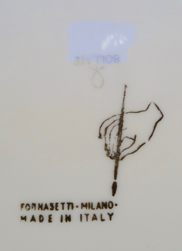 Piero Fornasetti 'Posate Rinascimento' - 2 dinner plates