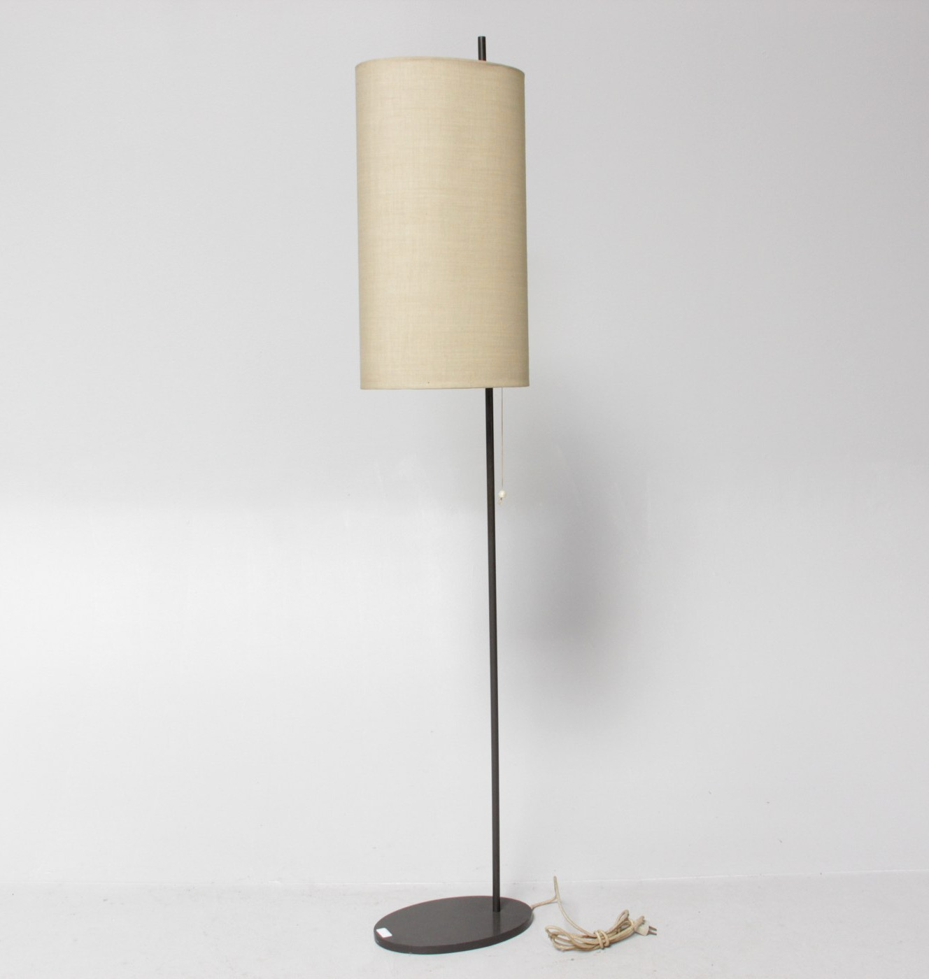 Arne Jacobsen - Royal floor lamp