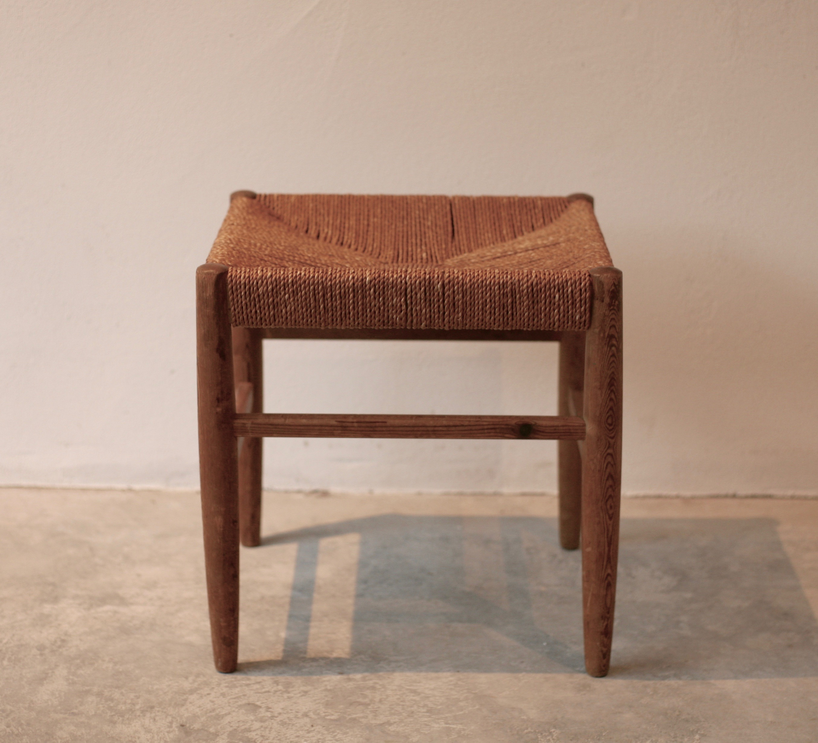 Set of 2 pine stools with rush seats for Gemla, 1930´s