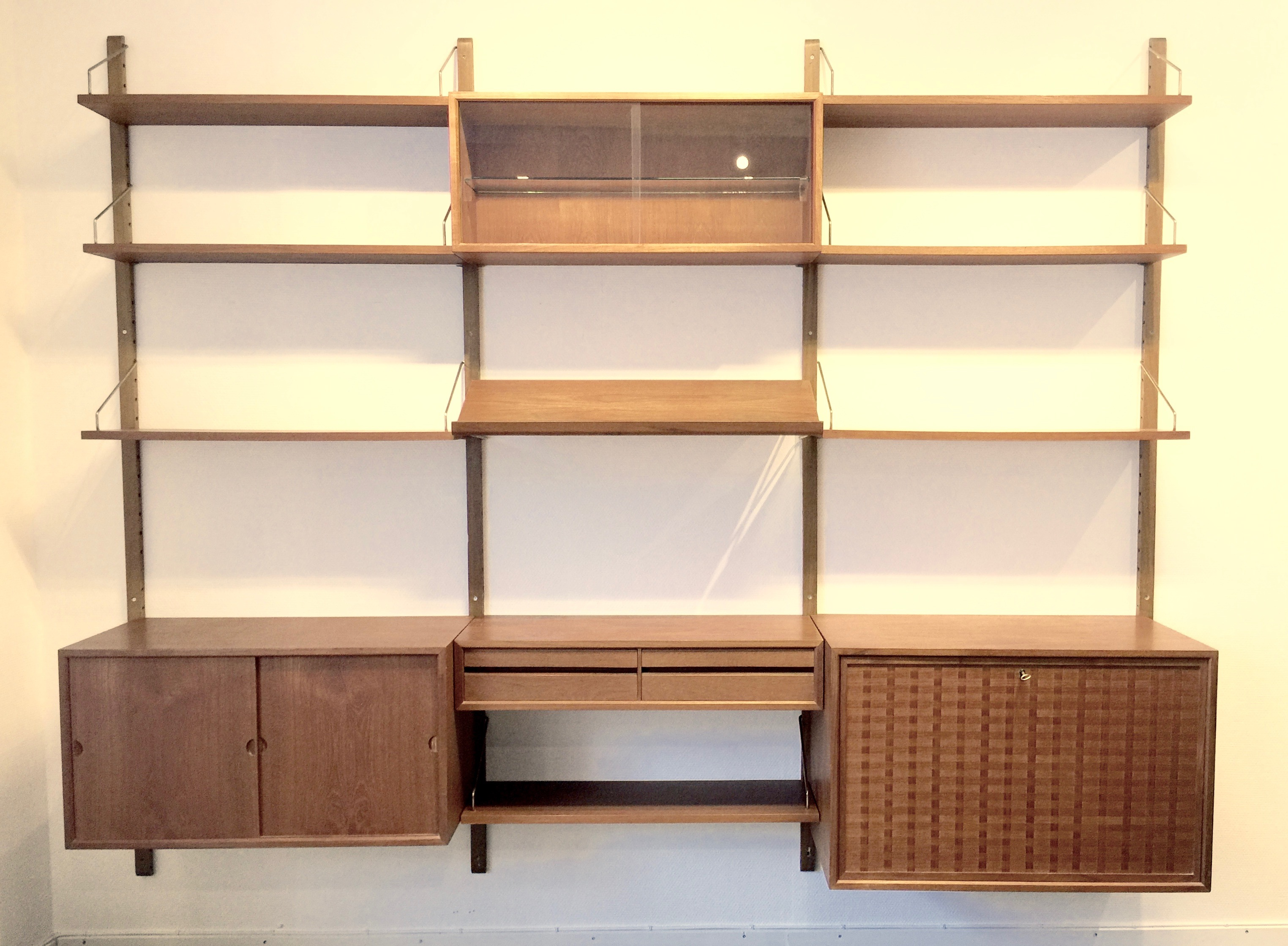 Wall system in teak by Poul Cadovius