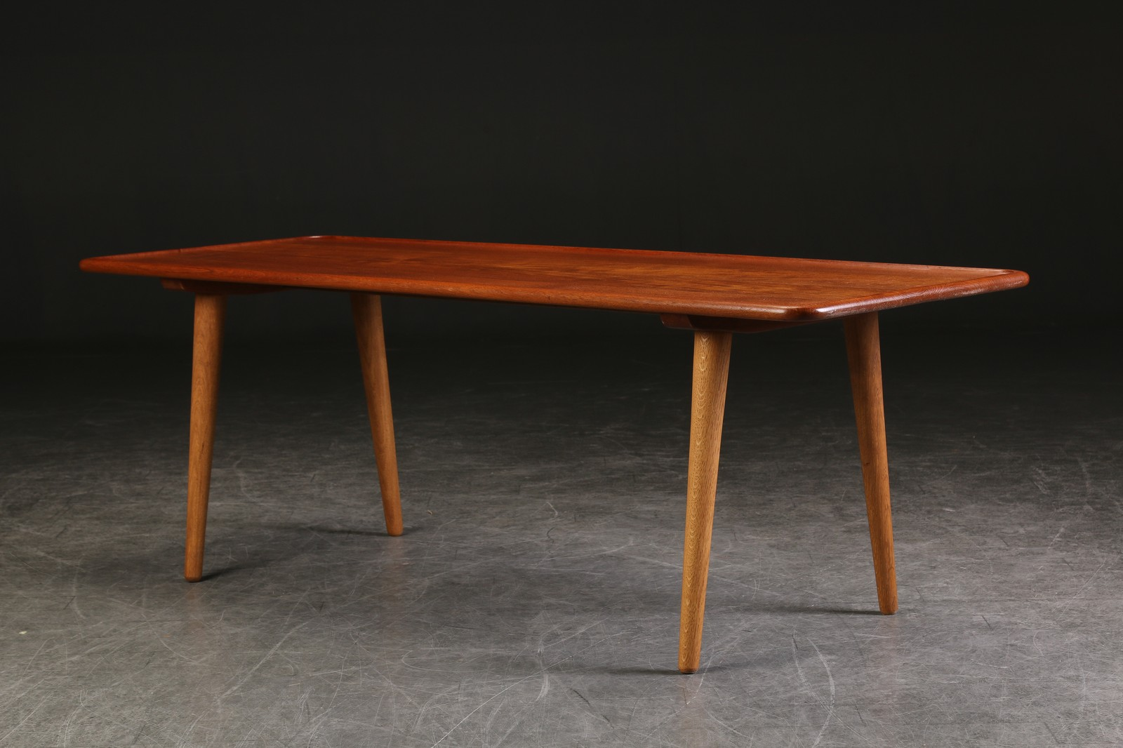 Sofa table AT-11 by Hans Wegner