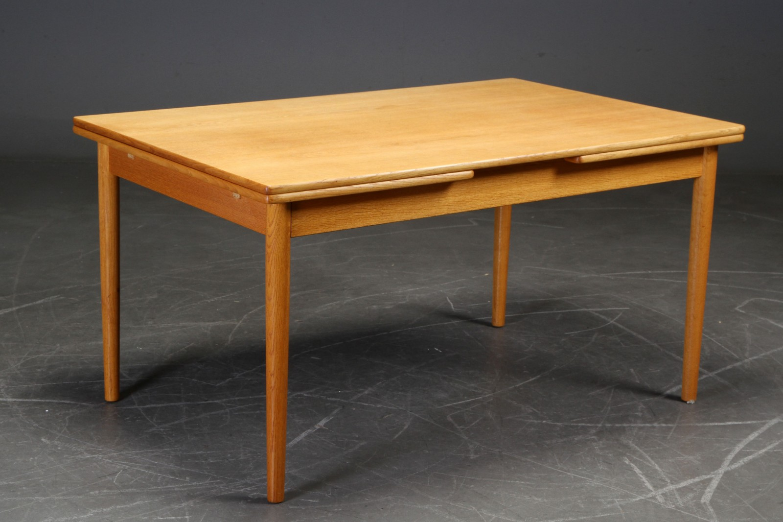 Hans Wegner - Oak dining table model AT-316