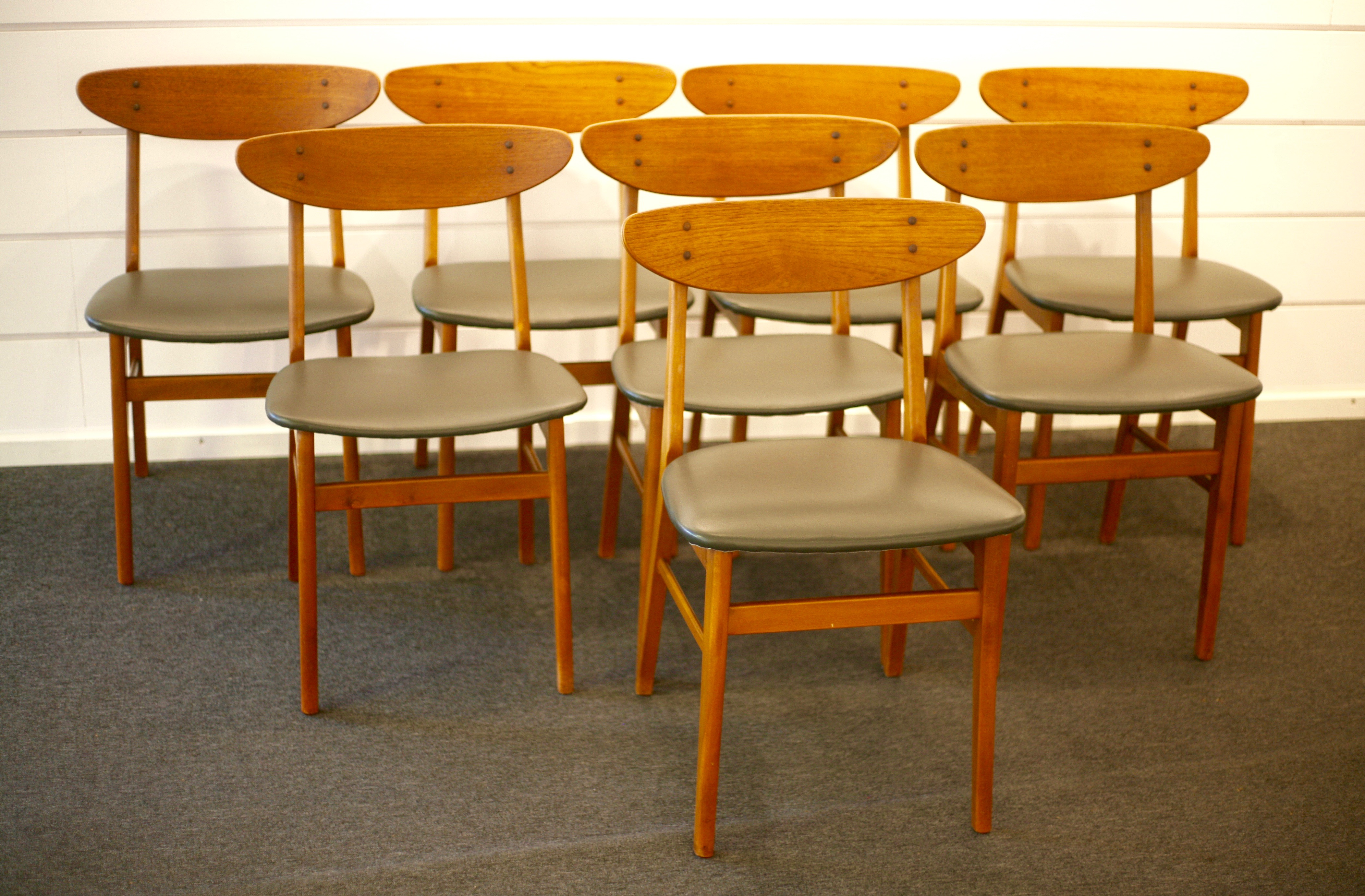 Set of 8 dining chairs, Monaco, by Thomas Harlev for Farstrup, Denmark