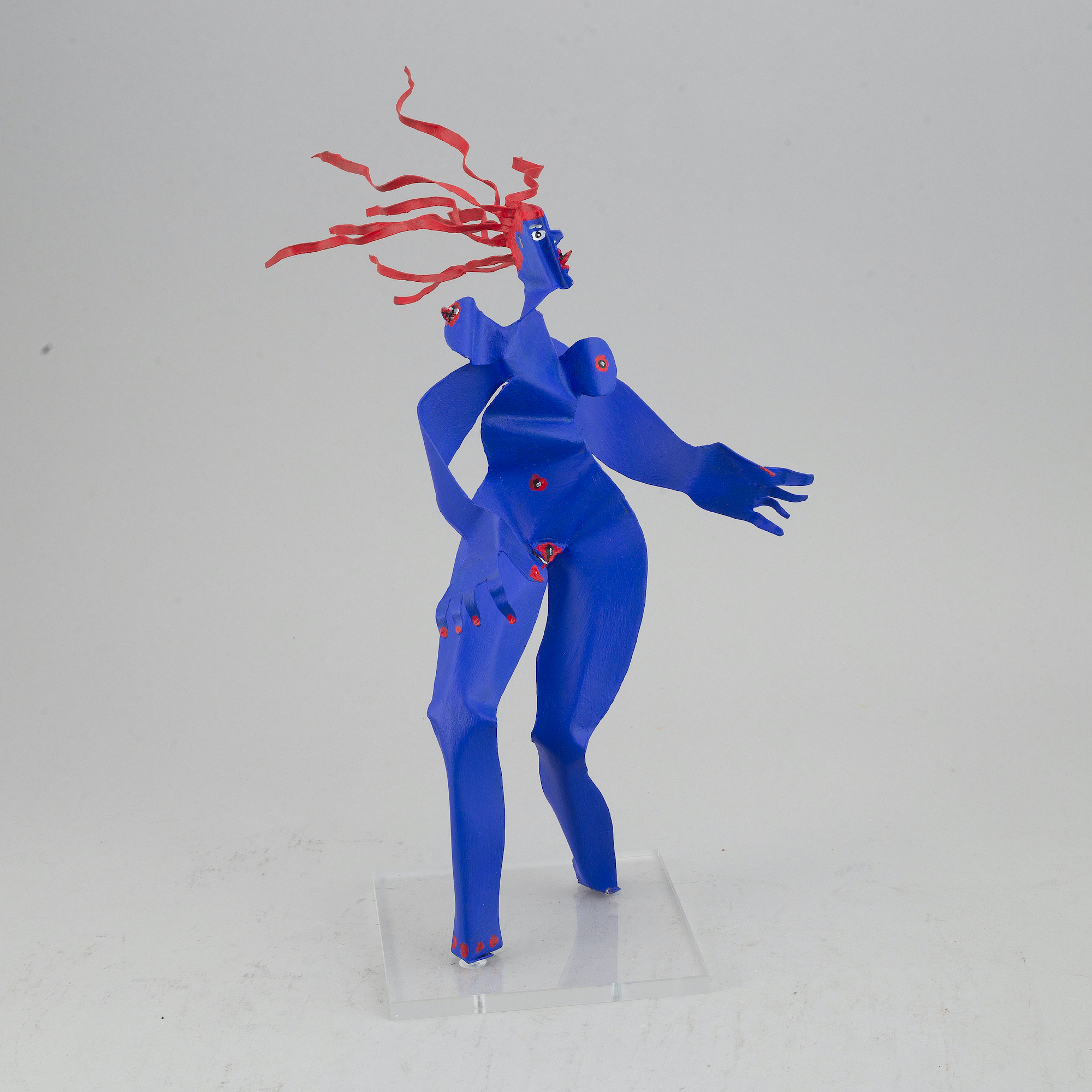 Timo Solin - Woman with red hair, metal sculpture