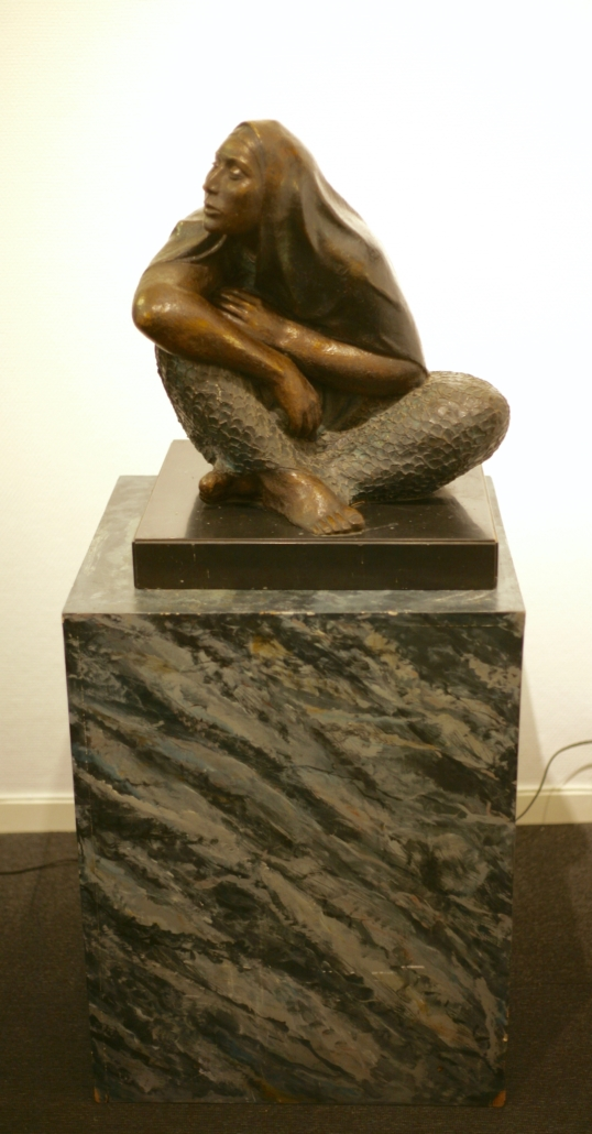 Victor Castaneda - La Esperanza, bronze sculpture