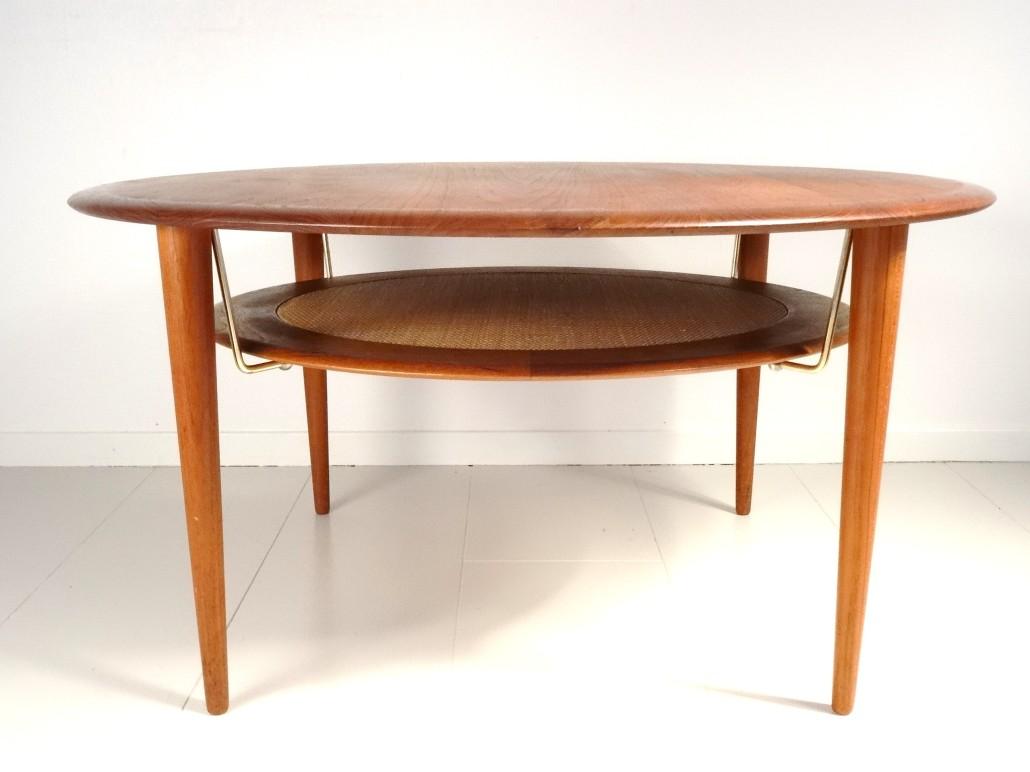 Coffee table FD 515 by Peter Hvidt & Orla Mölgaard Nielsen