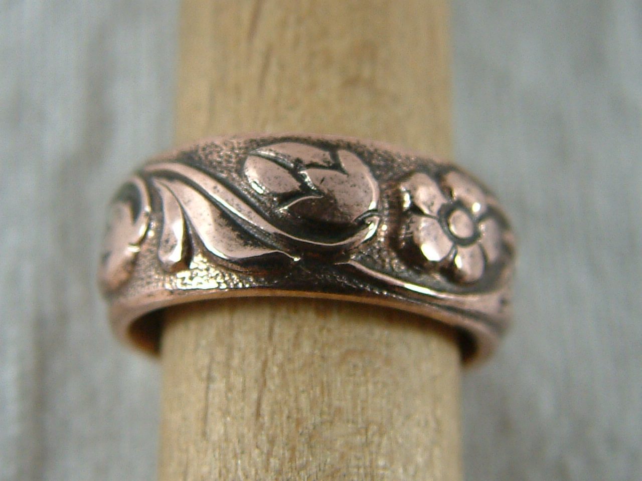 Ring Ornament 6
