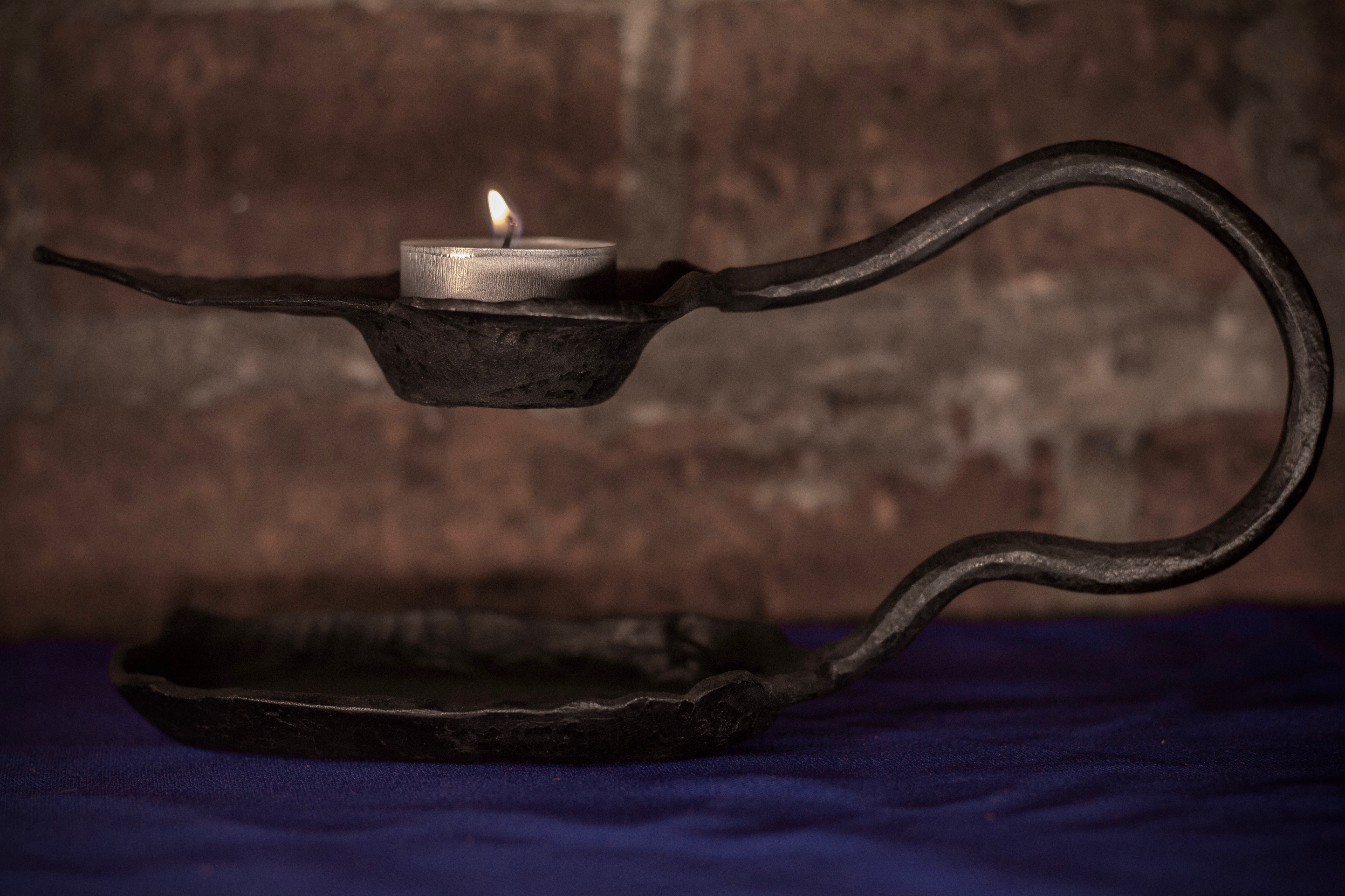 Kerzenhalter 'Not-Licht'