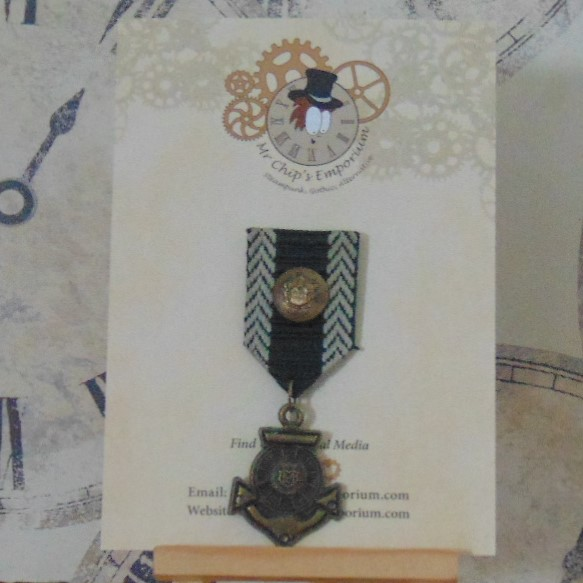 Medal #5 - Anchor, green/beige ribbon