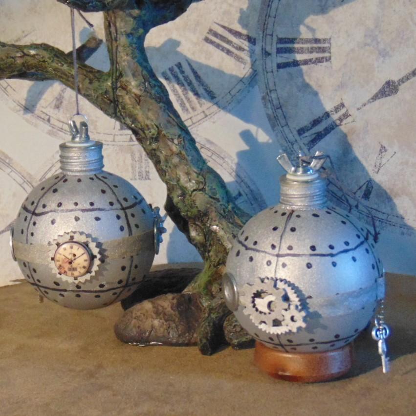 Christmas Bauble - Bathysphere Design, Matt Silver