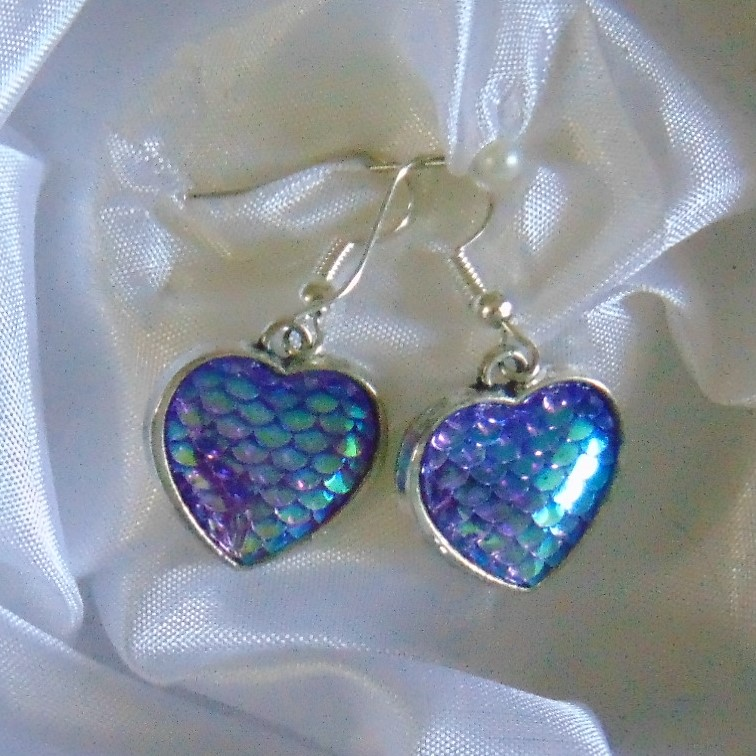 Earrings - Silver Metal Heart Shape with Fish Scale Centre