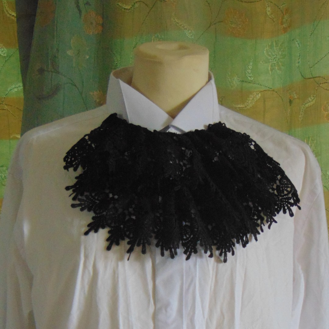 """Men's Shirt - Plain White Wing Collar Shirt with Black Lace Front & Cuffs, Size 17"""" Collar."""