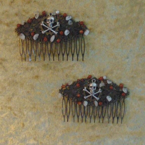 Haircombs - Pirate design with Goldstone & Moonstone chips