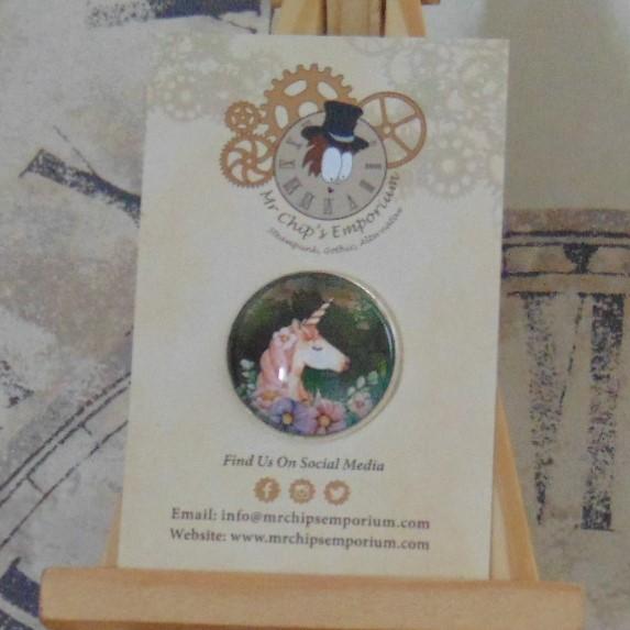 Brooch Badge - Unicorn & Flowers