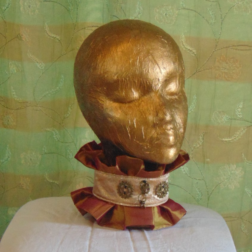 Neck Ruff - Handmade Neck Ruff in Red/Gold Simmer Material