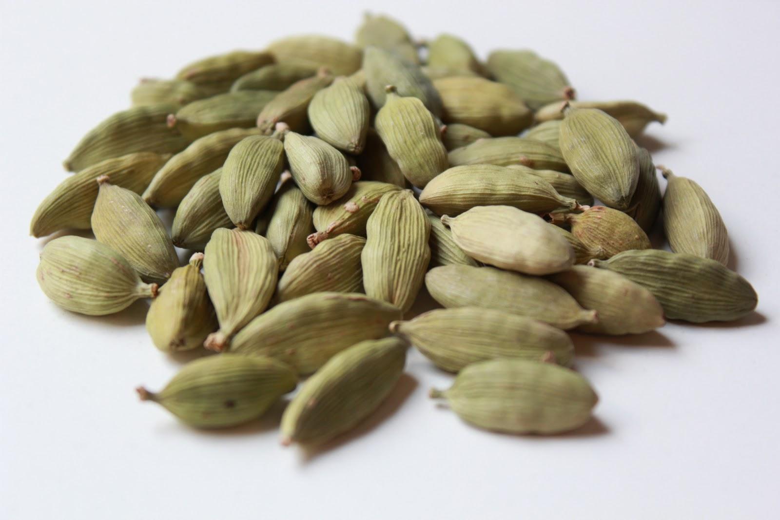 Cardamom Pods - Green - per 10g