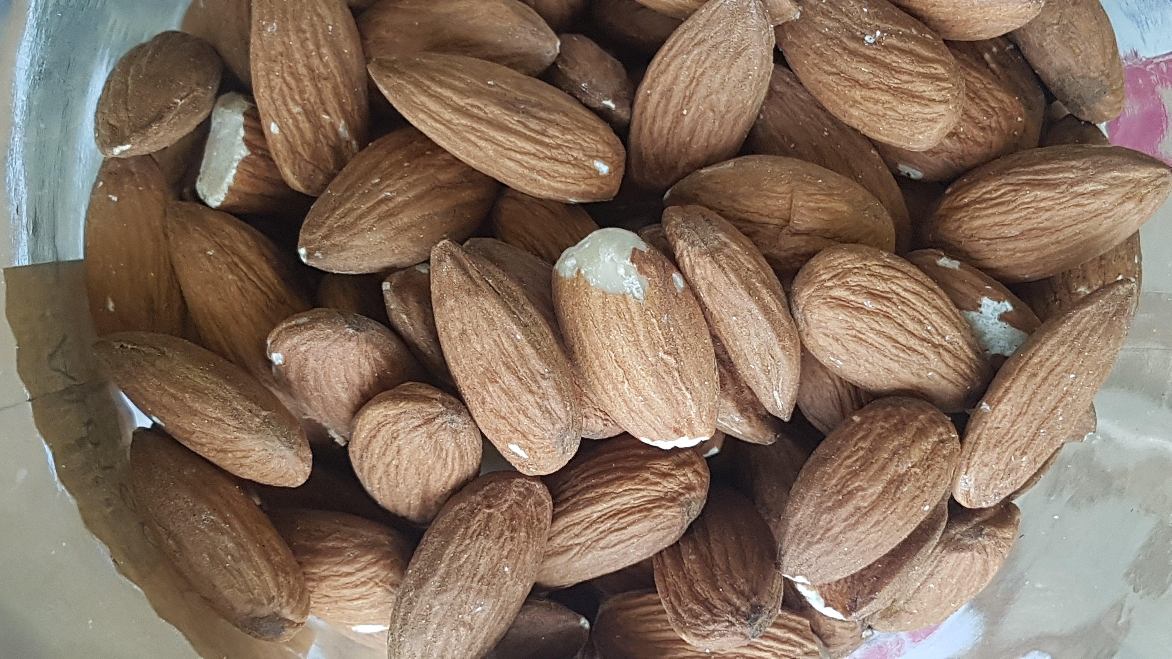 Almonds - Organic- per 100g