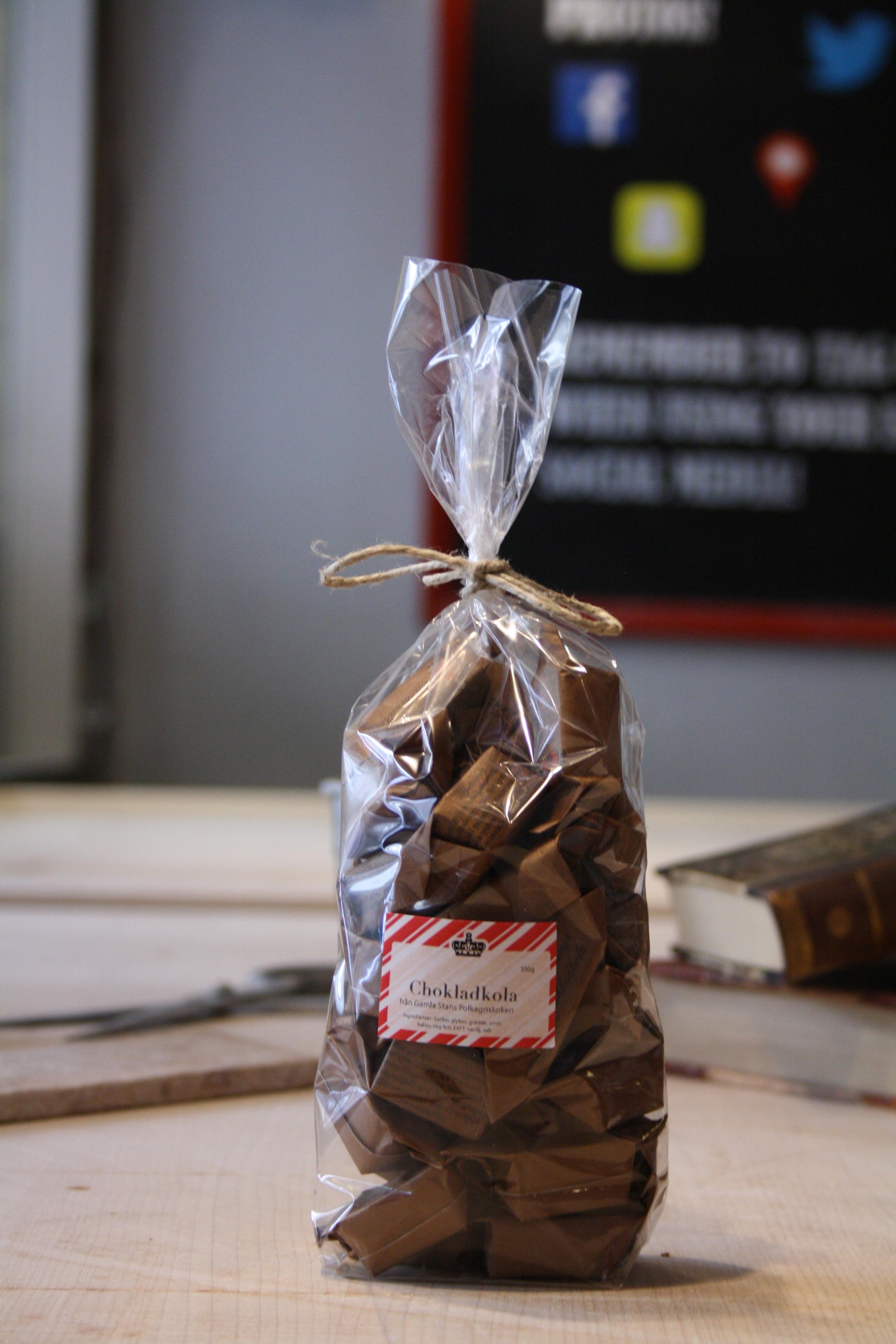 Chokladkola i stor stand-up