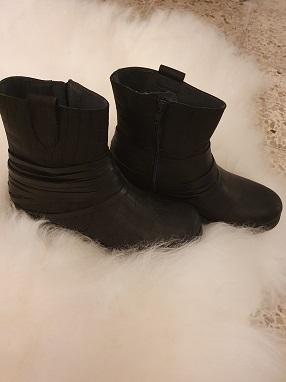 Cissy boots skinn