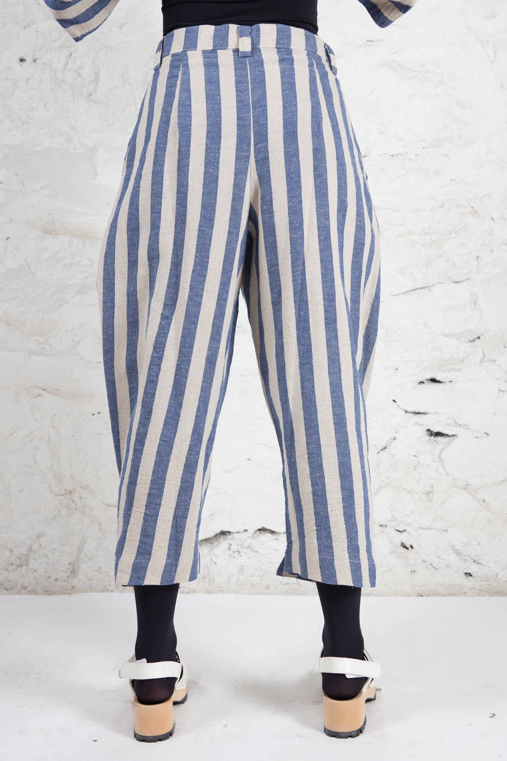 Trouser with Button