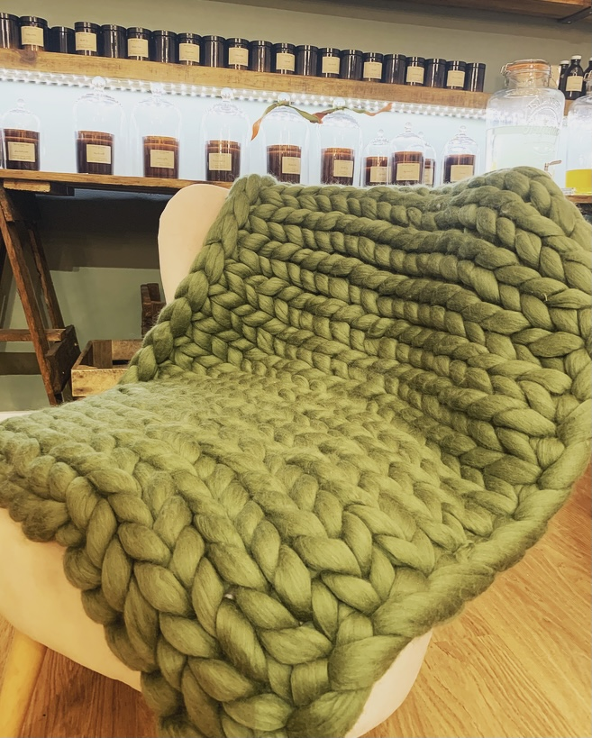 Chunky Knit Throw/Blanket