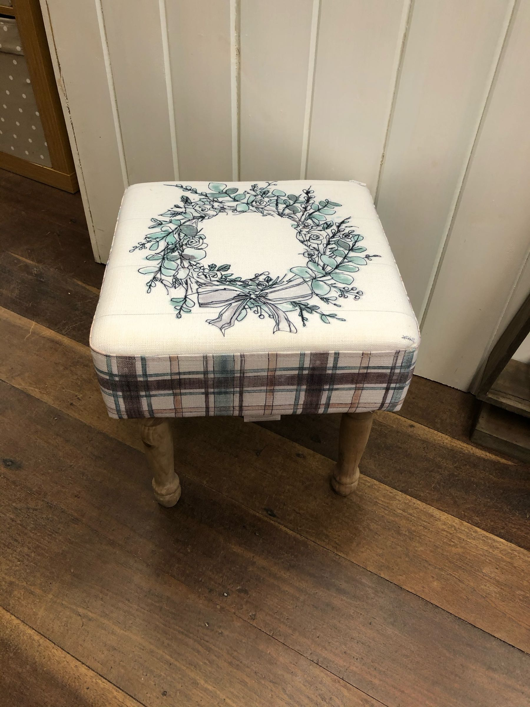 Wreath wooden upholstered stool