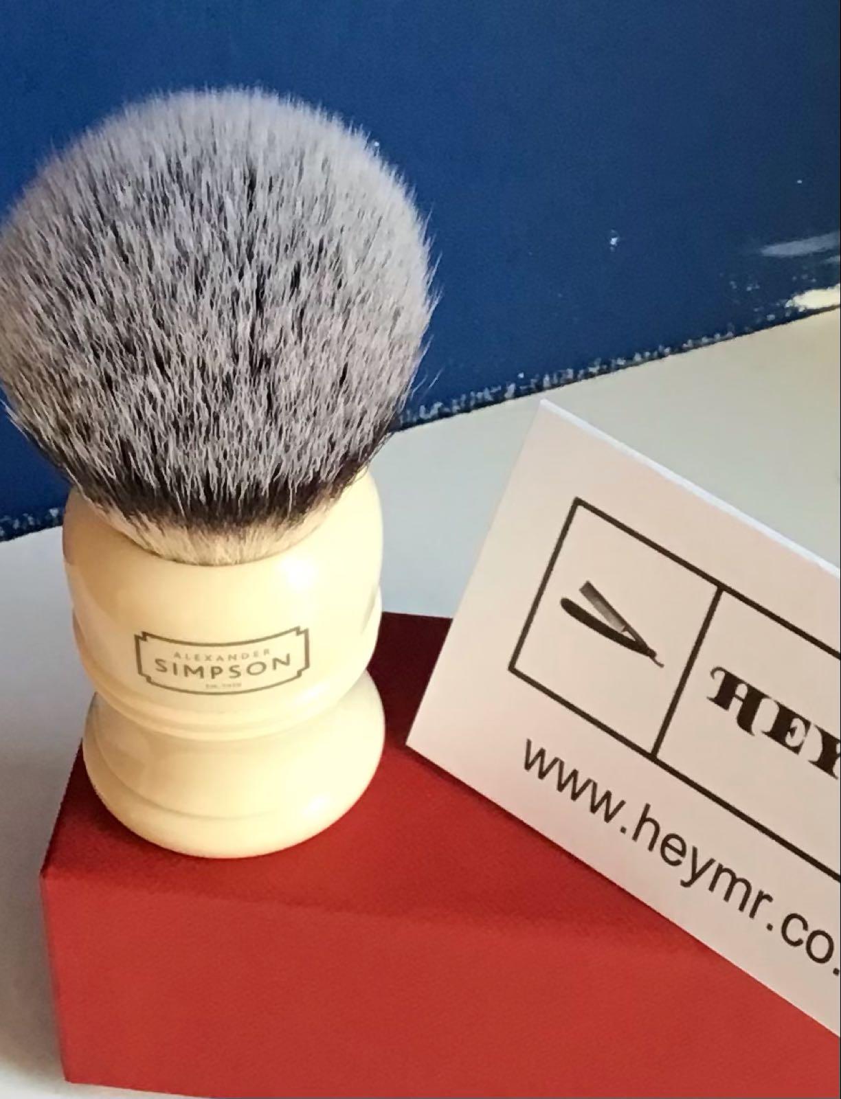 Simpson Trafalgar T2  synthetic shaving brush