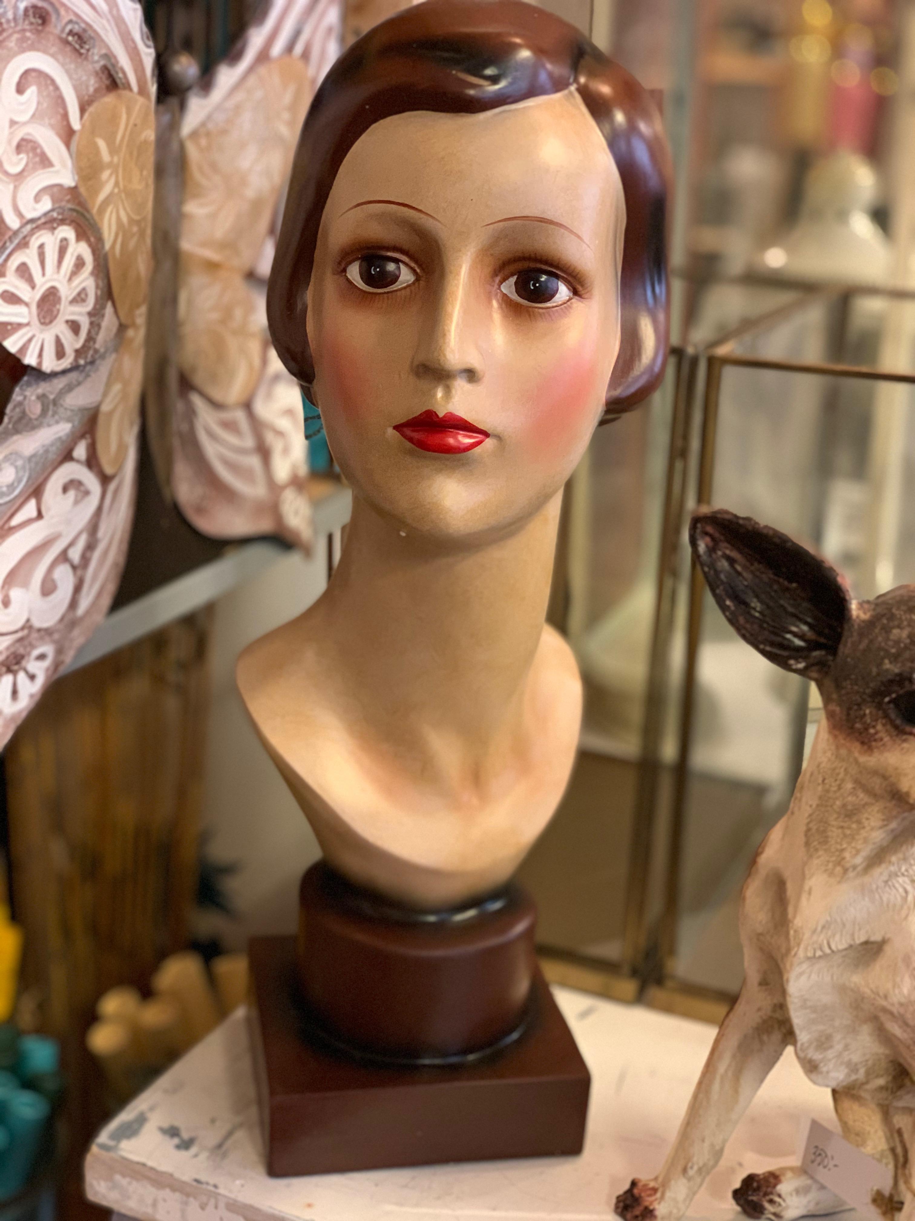 Byst Vintage Lady