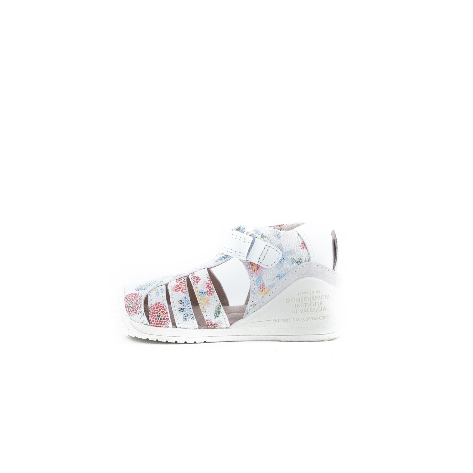 BIOMECANICS White Sandals 192122