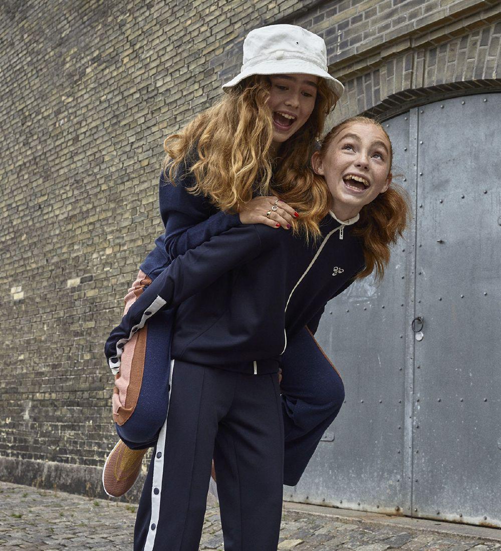 HUMMEL Teens Girls Tracksuit Bottoms 204038-1009 NOW £11