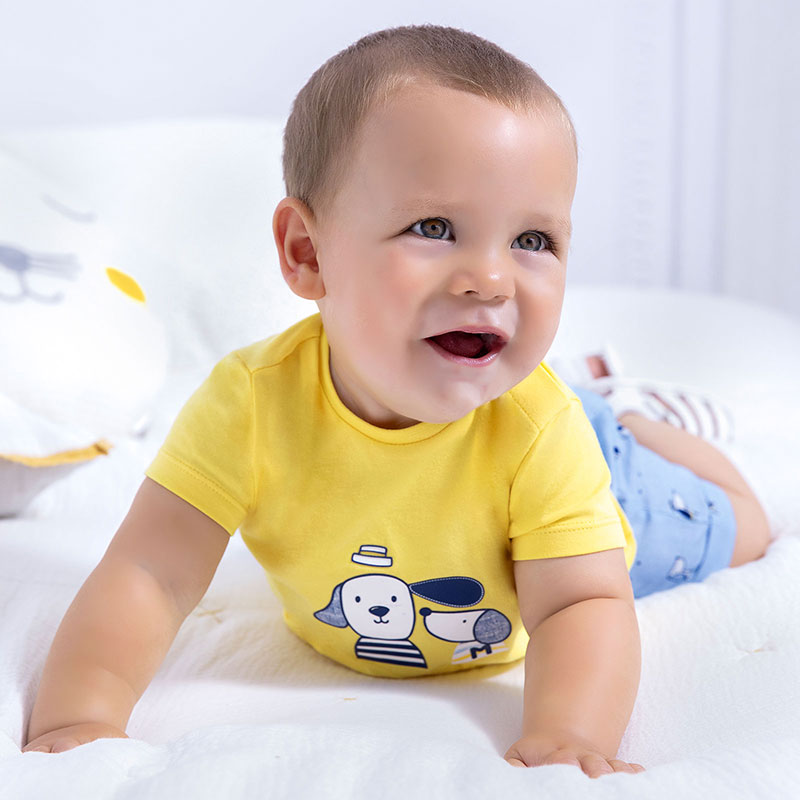 MAYORAL NEWBORN BOY Short Sleeved T-Shirt with Applique 1074-029