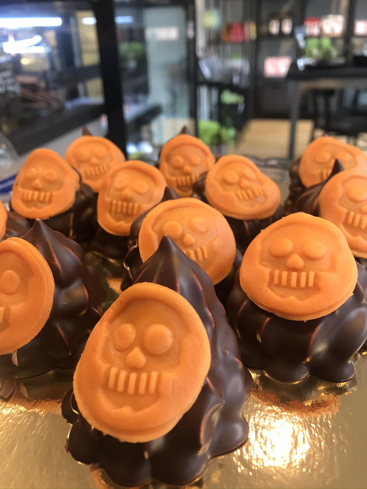 Spöke, Marängtopp – Halloween