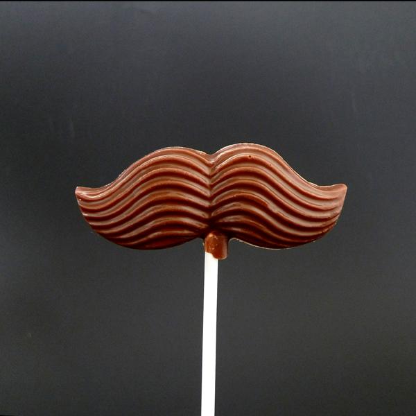 Vegan – Mustaschklubba – Ljus choklad
