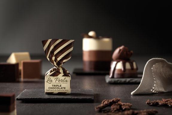 Triple Chocolate – Mjölk, Mörk, Vit Choklad & Hasselnötter