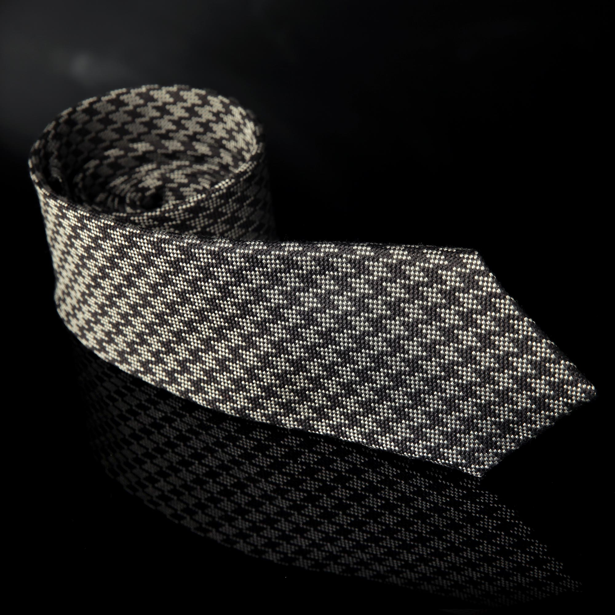 Hartham Houndstooth Grey