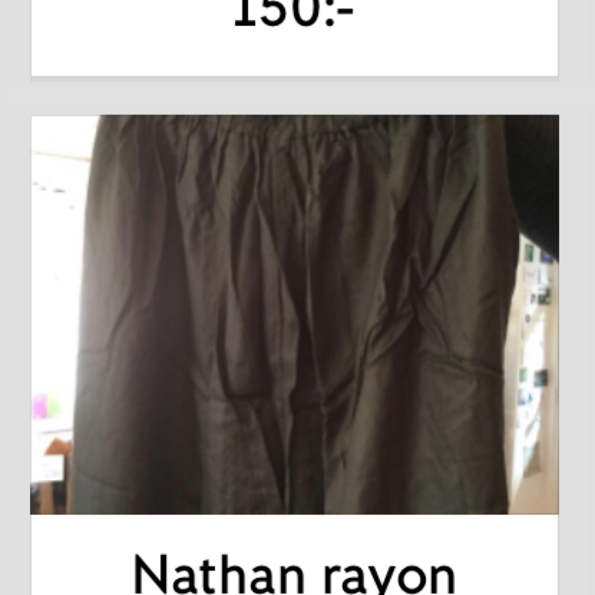 Nathan rayon twill 249:-
