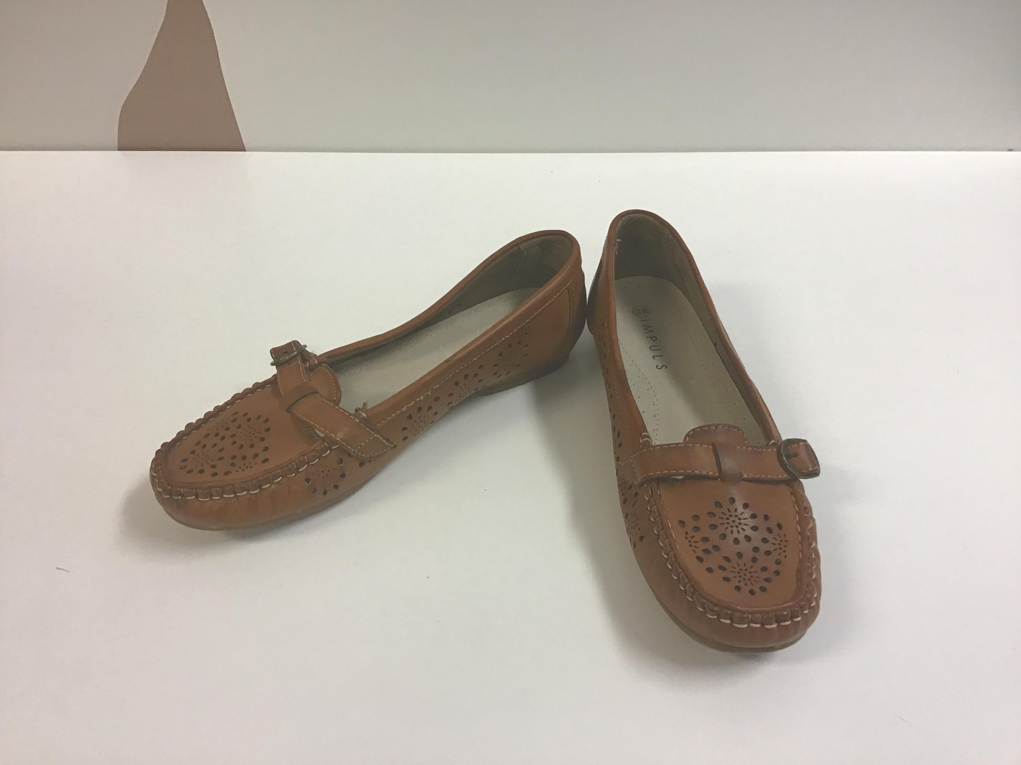 Kengät, koko 38, uudet
