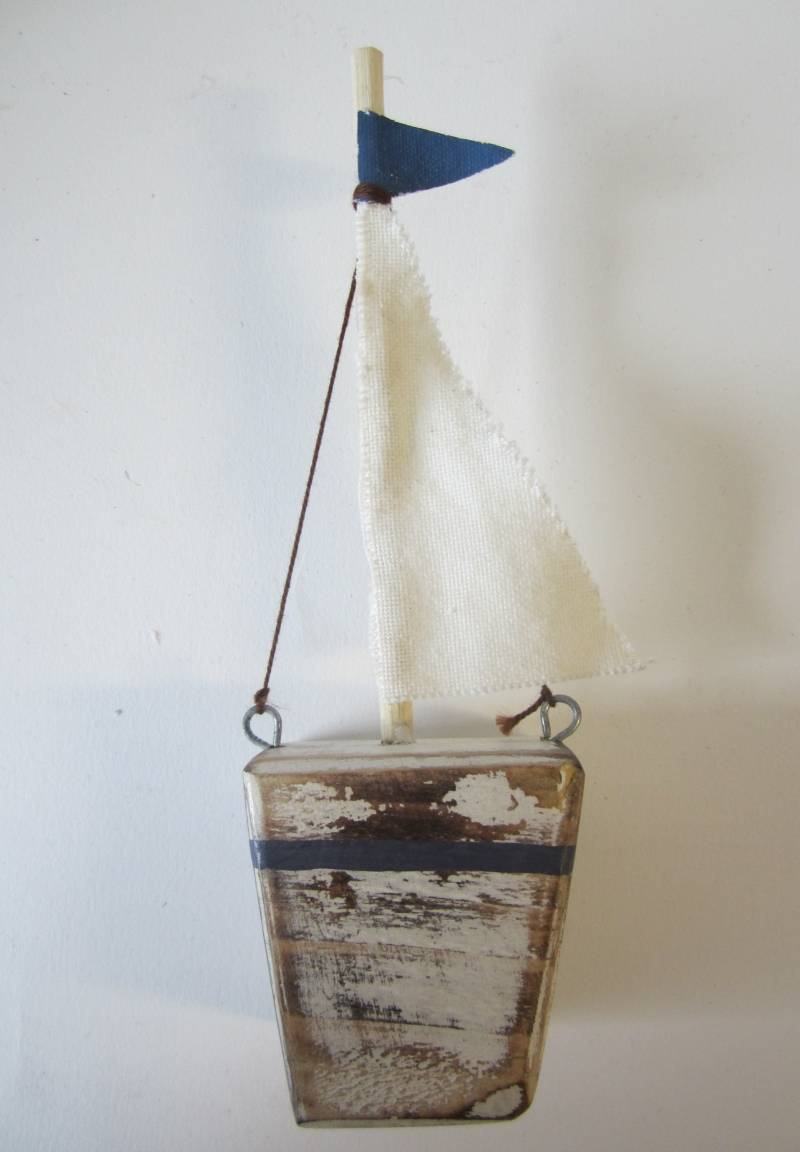 Sailboat w/Blue Flag SALE 10% (£2.50)