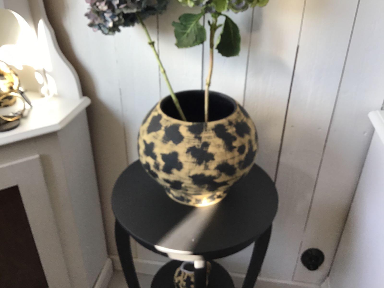 """Safari Vas leomönstrad stor keramik - OBS! Skickas ej - Se vidare """"Hämtas i butik"""" i huvudmenyn"""