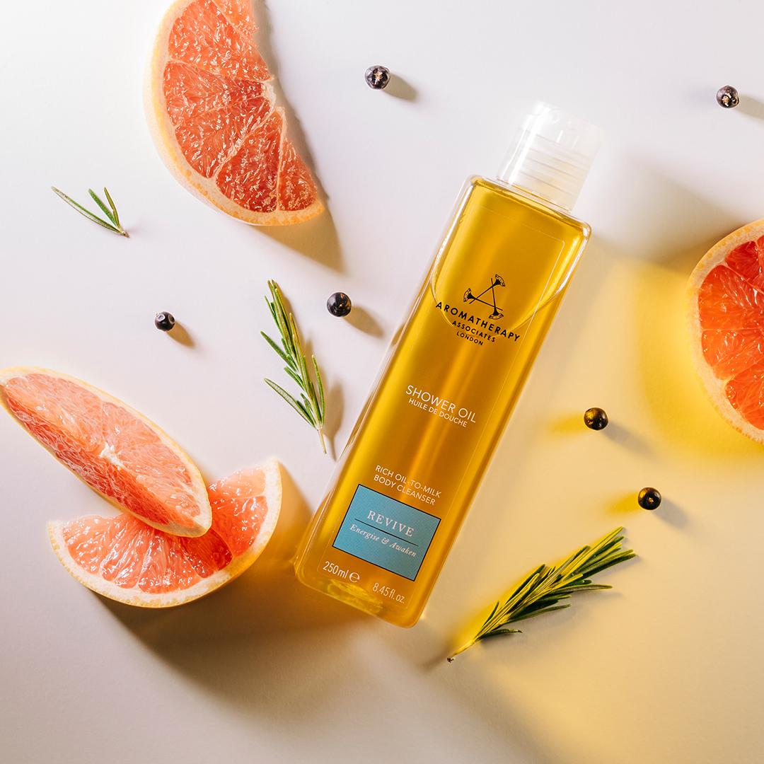 Aromatherapy Associates- Revive Shower Oil