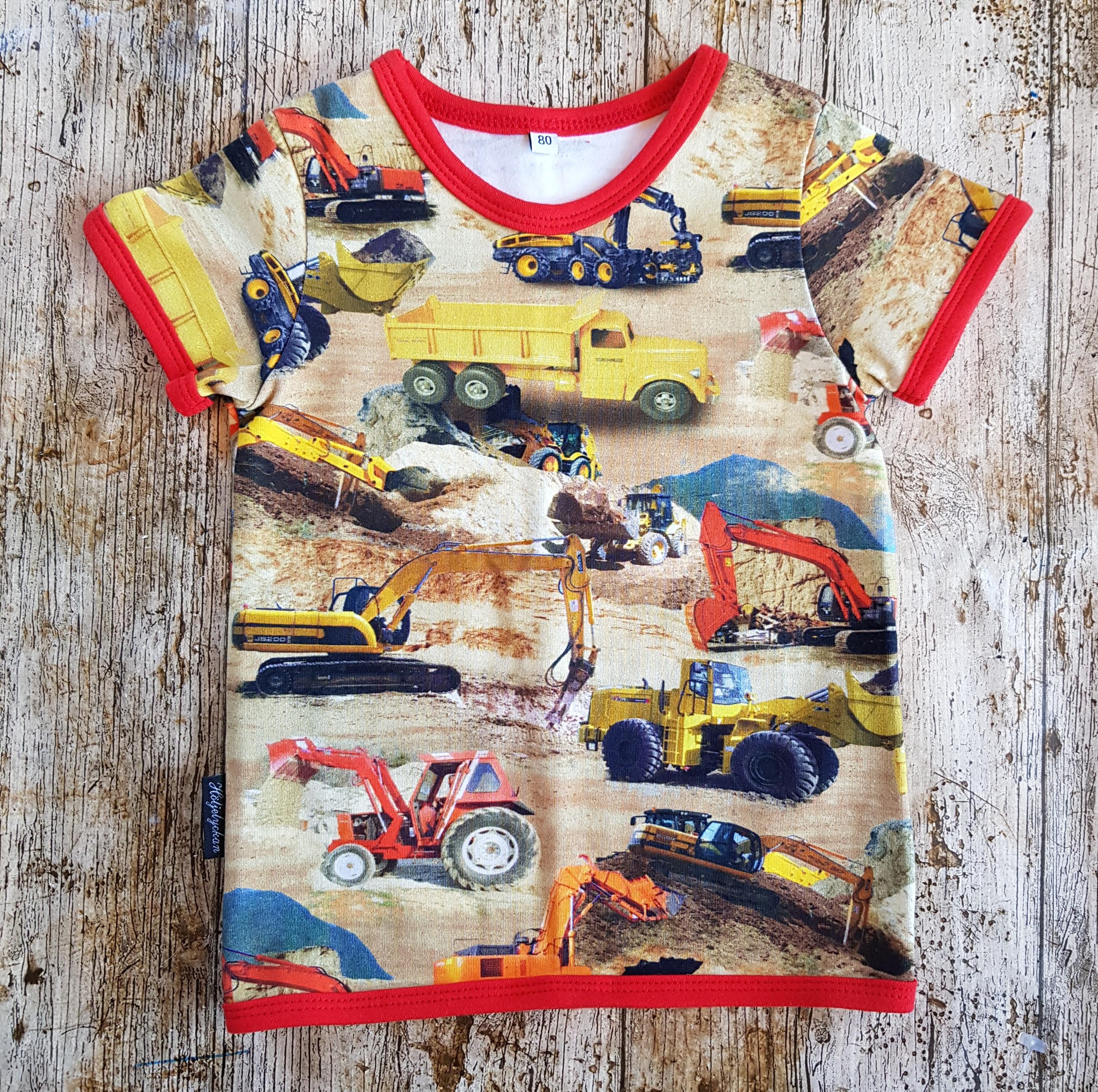 T-shirt strl 80