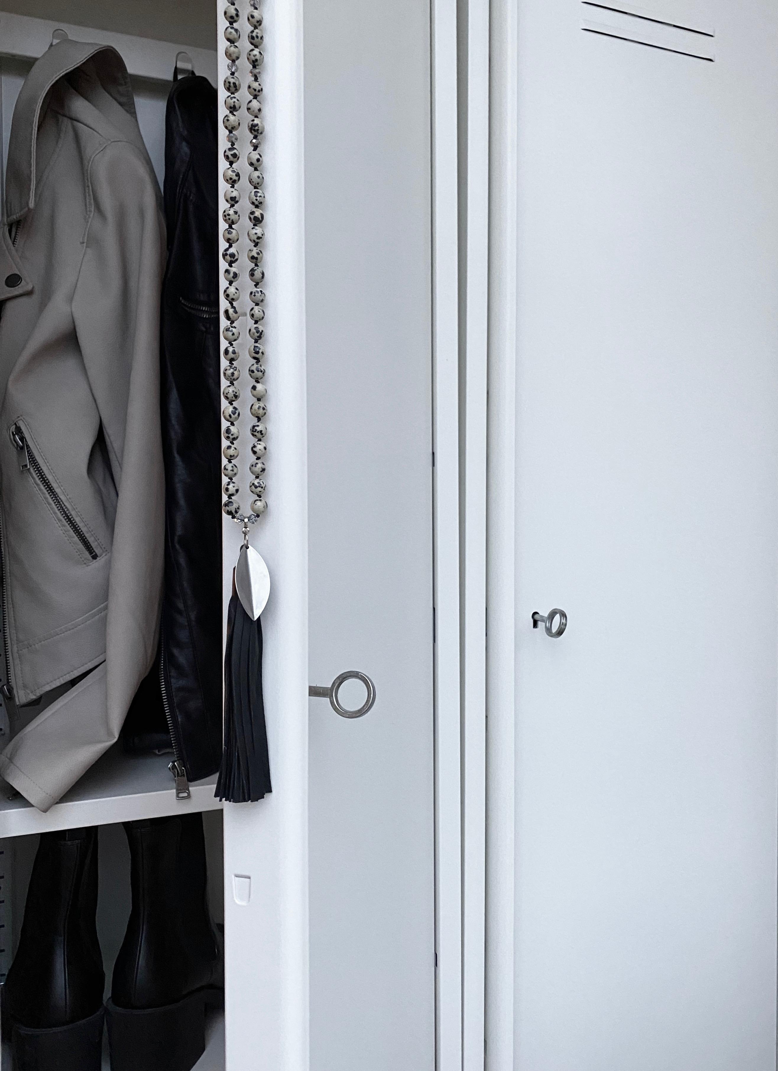 05- LEAF Dalmatiner tassel