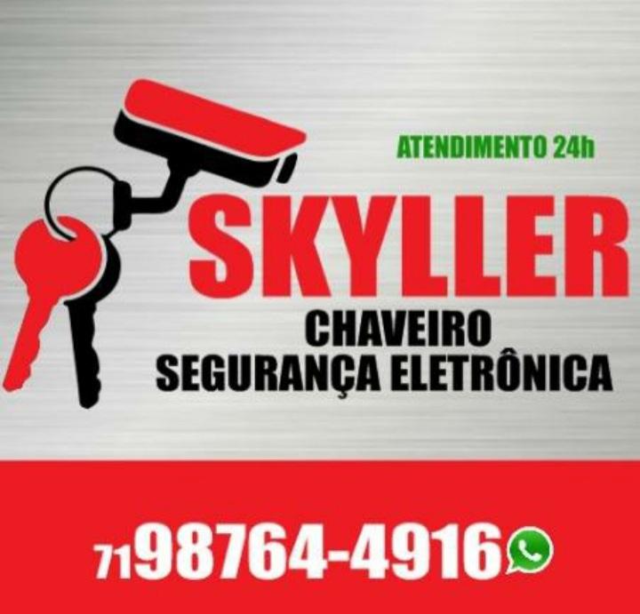 SKYLLER CHAVEIRO