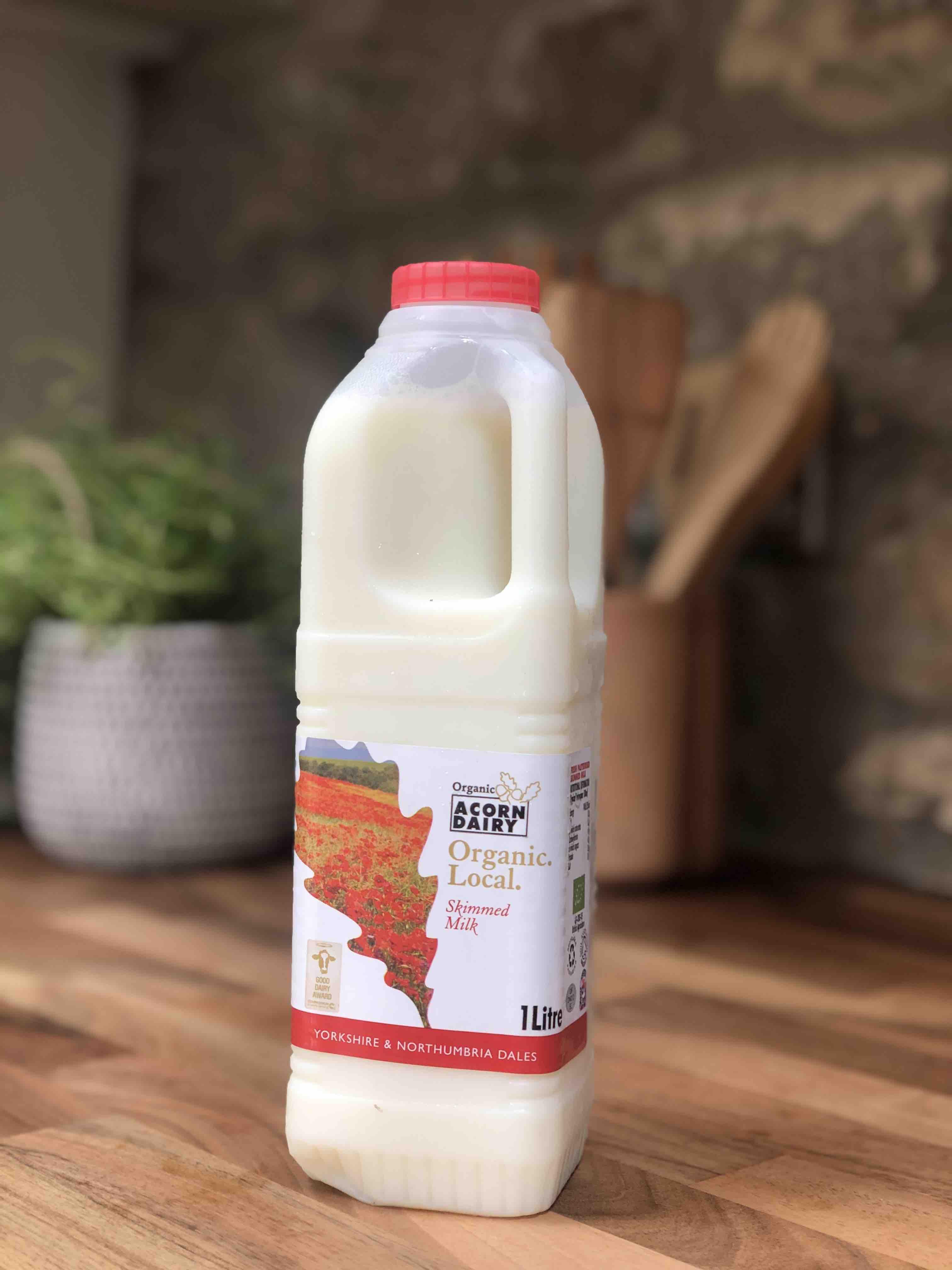 Acorn Organic Skimmed Milk 1L
