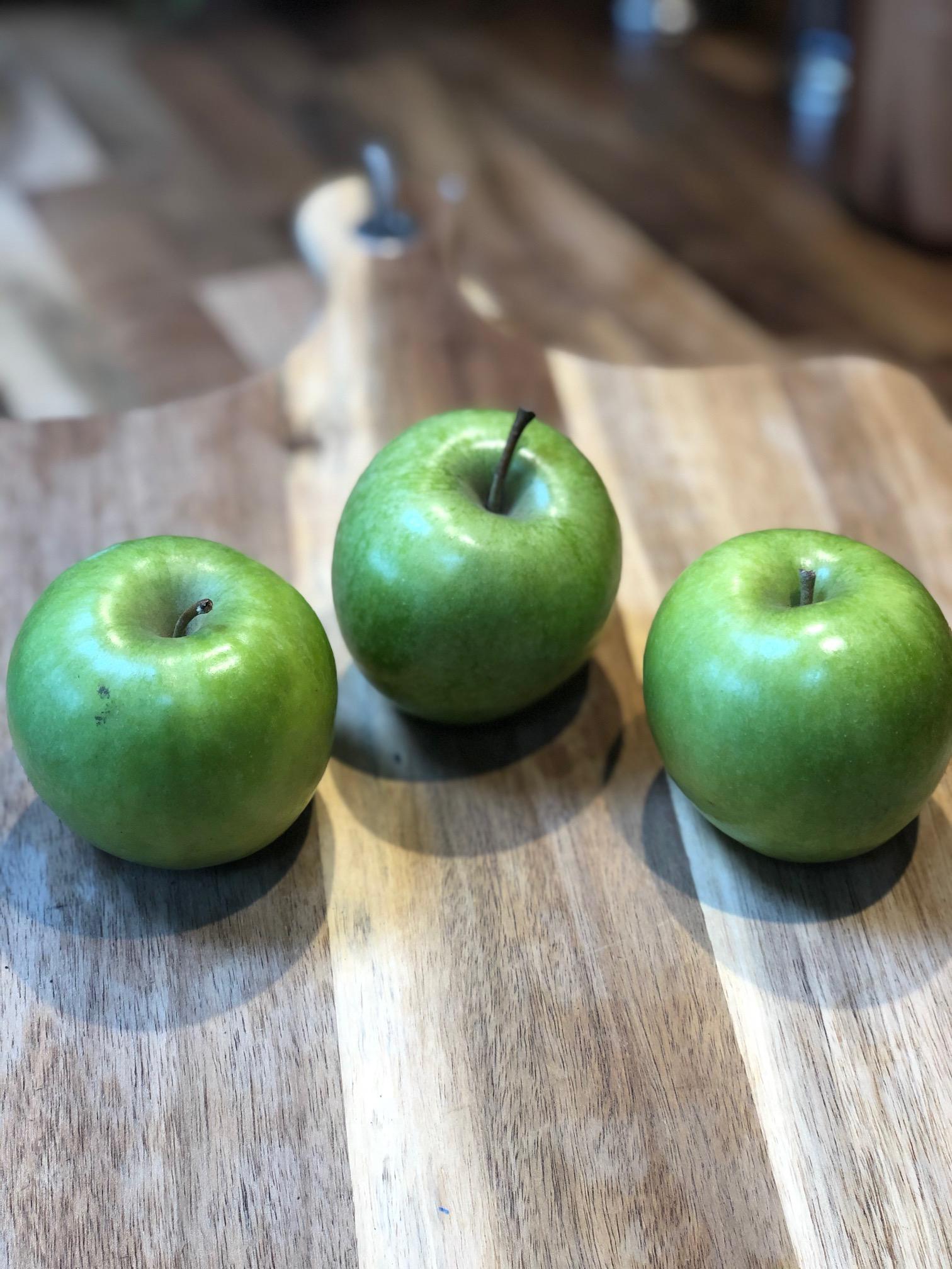 Fruit - Green Apples