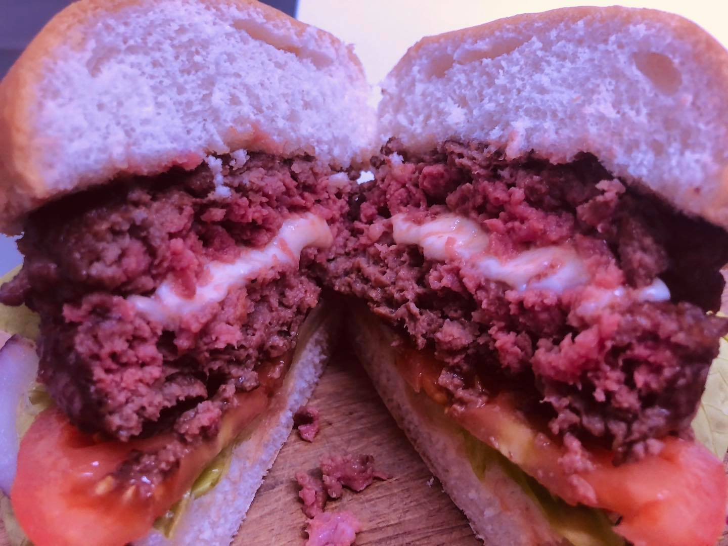 Slater's Juicy Lucy Half Pound Steak Burger with Cheese (2 pack)